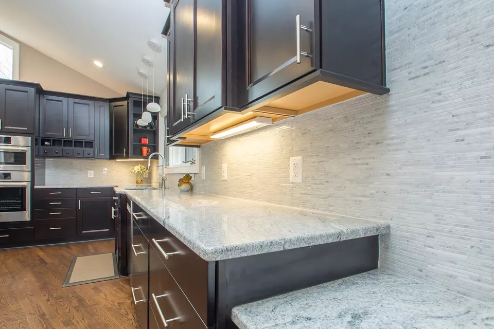 Colonial White Granite and Marble Pencil Mosaic